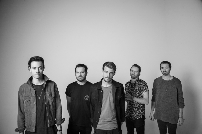 Album Review: Hands Like Houses – Dissonants