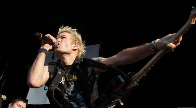 Warped Wednesday – Photo Gallery: Sum 41