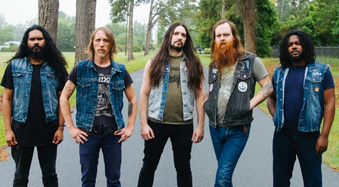 Interview with Valient Thorr